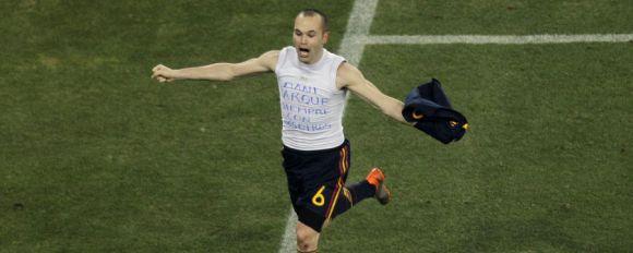 Andres Iniesta Merayakan Gol Tunggal Partai Final Piala Dunia 2010
