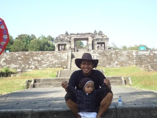 Bersama Bara di Keraton Ratu Boko, Jogjakarta