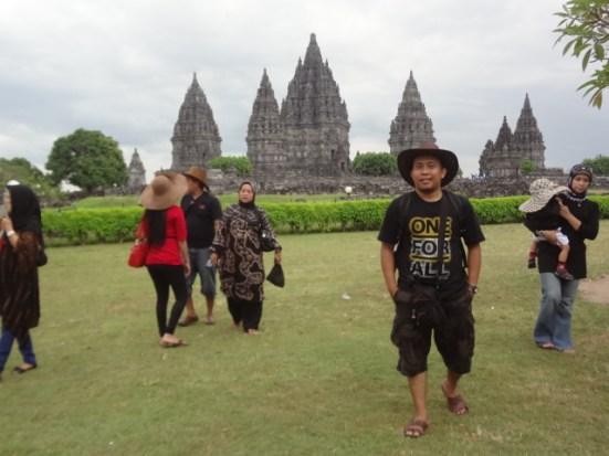 Jalan-jalan ke Candi Prambanan, Jogjakarta