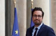 بْلاَ حْيا بْلا حشمة.. كاتب دولة فرنسي من أصل مغربي يعلن مثليته الجنسية