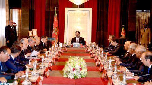 عاجل : الملك محمد السادس يحل بعاصمة النخيل..و يترأس مجلسا للوزراء