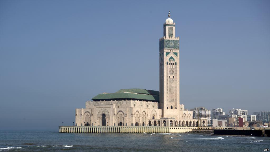 عاجل.. وزارة الاوقاف تعلن قرار إعادة فتح المساجد