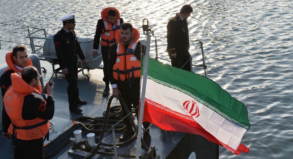 إيران تعلنها.. مستعدون للحرب مع أمريكا