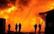 أكادير: اندلاع حريق مهول بأحد المستودعات ببنسركاو و الأسباب مجهولة