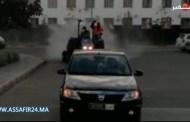 الدار البيضاء .. قائد بوركون يقود حملة تعقيم واسعة لشوارع وأحياء آنفا