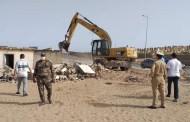 هدم بيوت الصيادين بشاطئ سلا بعدما تحولت الى أماكن للدعارة وبيع المخدرات