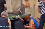 بالفيديو .. فرنسيون يقتاتون من القمامة