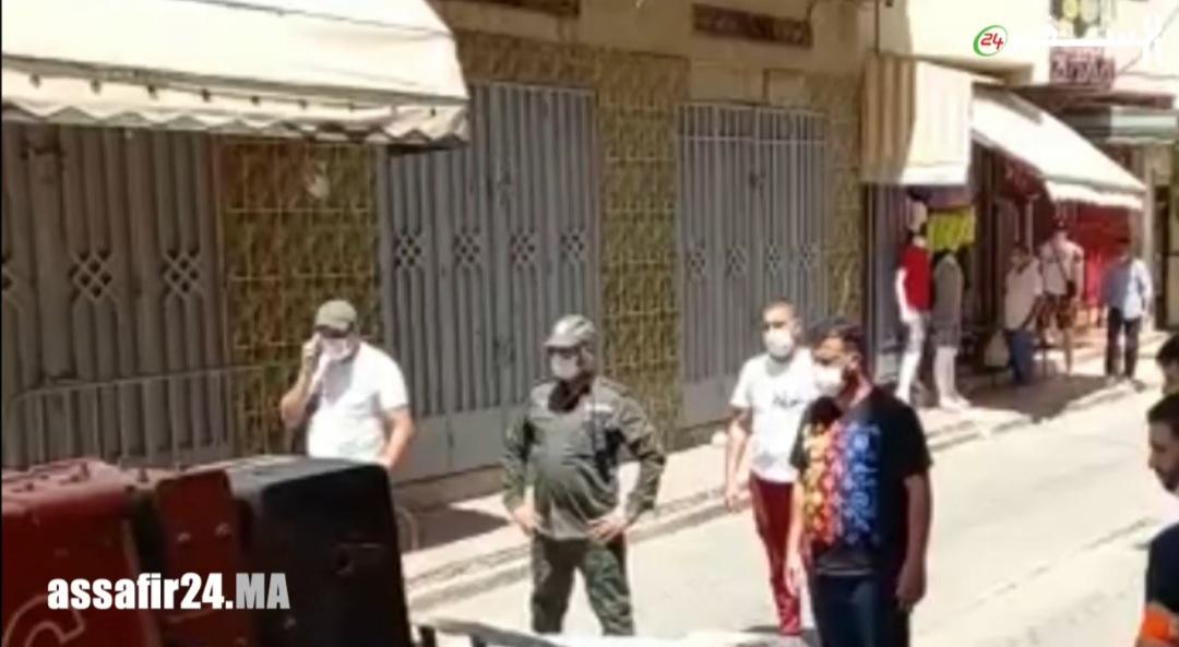 بعد ارتفاع اصابات كورونا بطنجة.. سلطات حي بنكيران تغلق الأزقة والأحياء