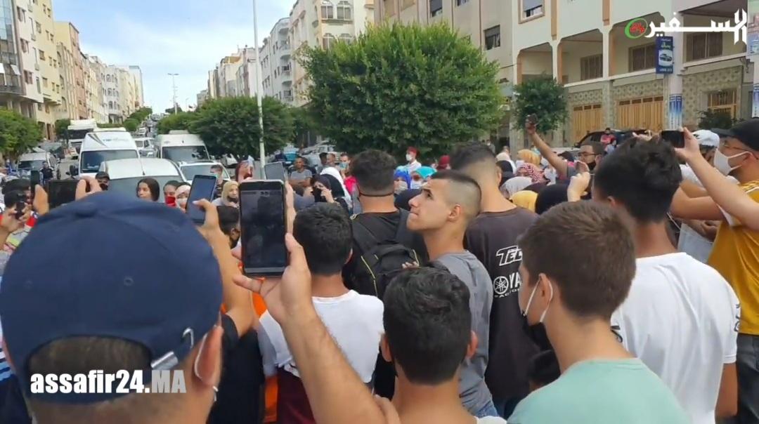 رغم كورونا .. مسيرة حاشدة بطنجة تطالب بإعدام قاتل عدنان