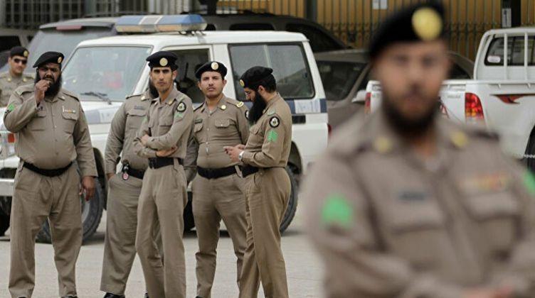 """هجوم بـ""""آلة حادة"""" على قنصلية فرنسا في السعودية"""