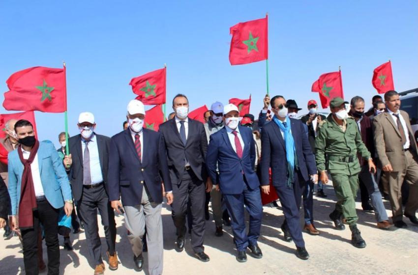 زيارة الوزير امزازي والمدراء المركزيين والجهويين للمعبر الحدودي الكركرات