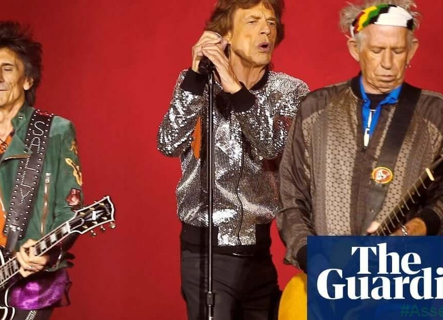 Rolling Stones duo give backing to Mick Jagger as tour postponed