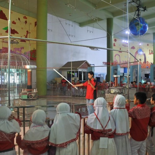 outing class (1)