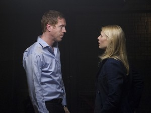 "Damian Lewis and Claire Danes in HOMELAND - Season 2 - ""Two Hate"" 