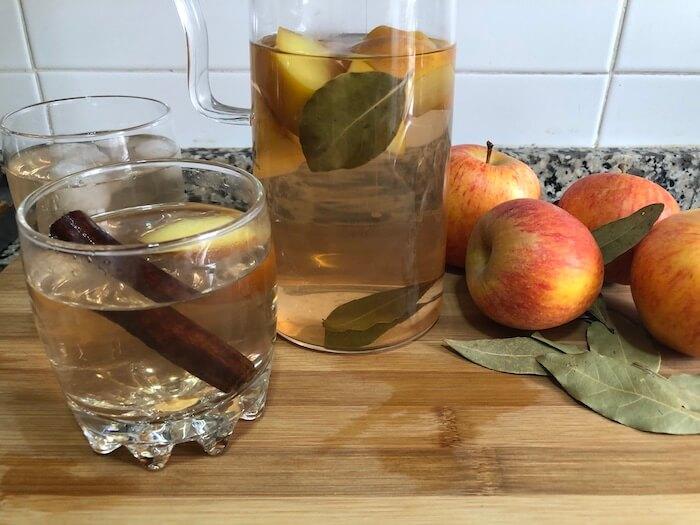 chá de maçã louro e canela