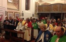 parroco padre Giuseppe Egizio e Mons. Domenico Sorrentino