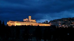 Panorama Assisi tardo pomeriggio inverno - gennaio 2014 Bastilica San Francesco