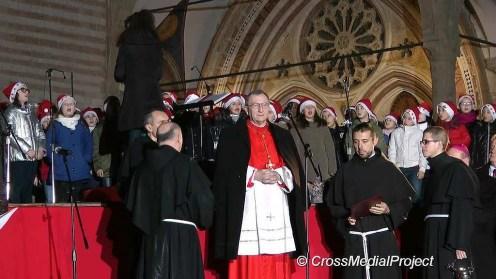 Accenzione Albero Assisi Parolin - Todini - Marini (27)