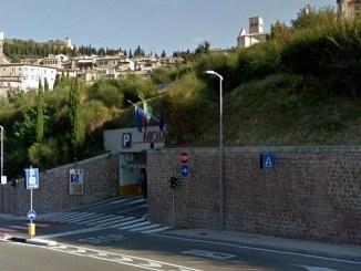 Tariffe a metà nei parcheggi di Assisi per tutti i residenti del Comune