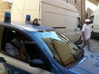 Litigio tra vicini ad Assisi, interviene Polizia, una denuncia