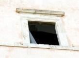 Palazzi di Assisi in condizioni indegne (6)