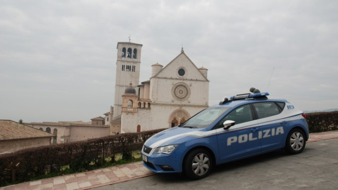 Ubriaco entra in un convento ad Assisi creando scompiglio