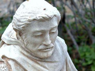 Frati Assisi, nel cuore d'Europa batta cuore di pace