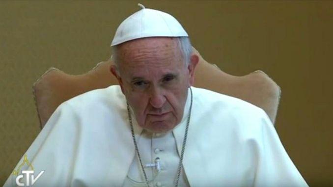 apa Francesco visita Amatrice nel giorno del Santo Patrono d'Italia