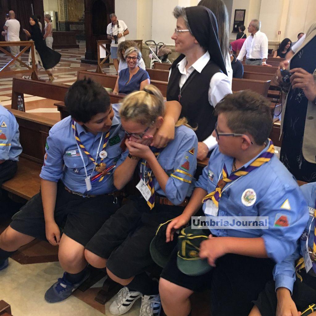 ragazzi-scout-confessati-dal-papa (2)