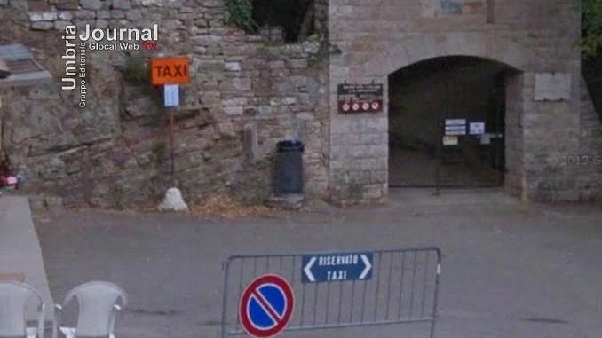 Taxi all'Eremo delle carceri, lettera di una turista al sindaco di Assisi