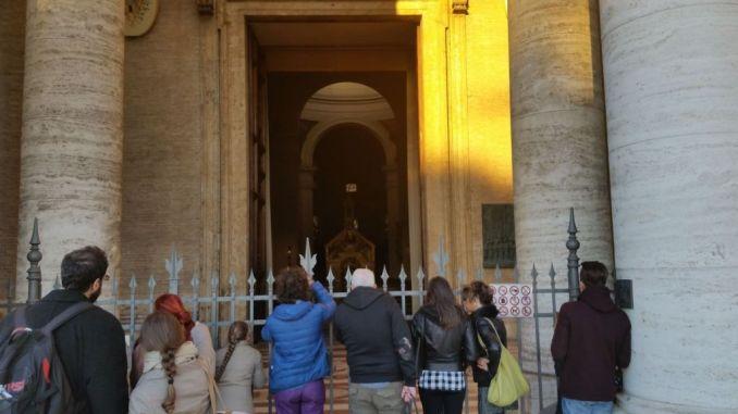 Terremoto, a Santa Maria degli Angeli riapre la Basilica della Porziuncola