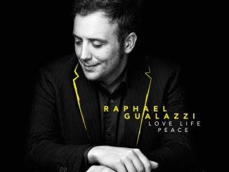 "Raphael Gualazzi con ""Love Life Peace Tour sarà al Teatro Lyrick di Assisi"