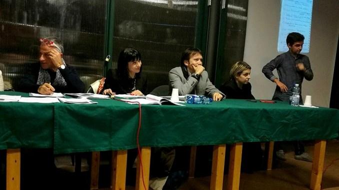 Erano più di cento a Petrignano all'incontro con sindaco Proietti e Giunta