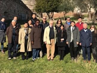 Delegazione FAO cominciata visita Fascia Olivata dalla Rocca Maggiore