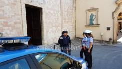polizia-santuario-spogliazione (11)