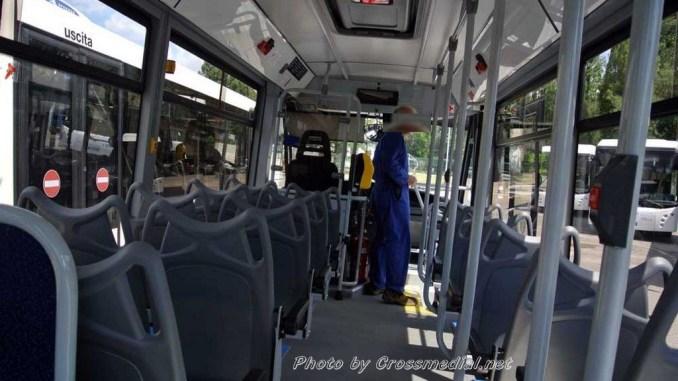 Assisi, si rifiuta di pagare biglietto autobus e insulta autista