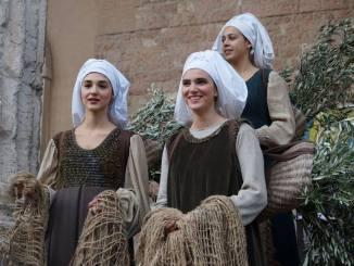 Olio nuovo a Unto Assisi, ancora due giorni tra mercatini, assaggi ed escursioni