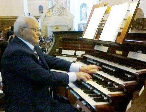 Morto Cosmo Oliva, cantore della Corale Porziuncola di Santa Maria degli Angeli
