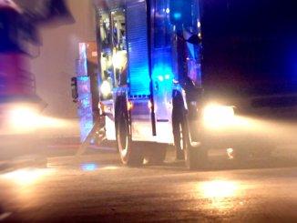 Auto si ribalta dopo scontro a Santa Maria, due feriti non gravi