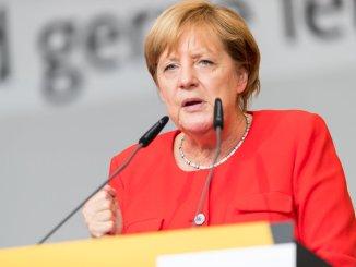 Incontri sull'Europa in preparazione dell'arrivo di Angela Merkel