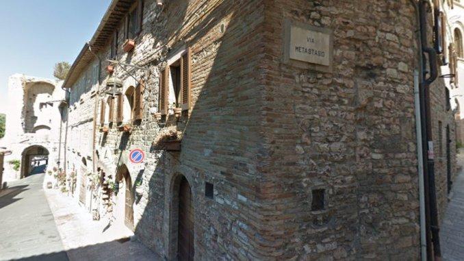 Riqualificazione della pavimentazione stradale a Porta San Giacomo