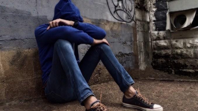 Bullismo a scuola, ragazzino dà pugno a compagno, succede ad Assisi