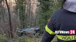 Incidente mortale nei pressi di Assisi, muore conducente auto
