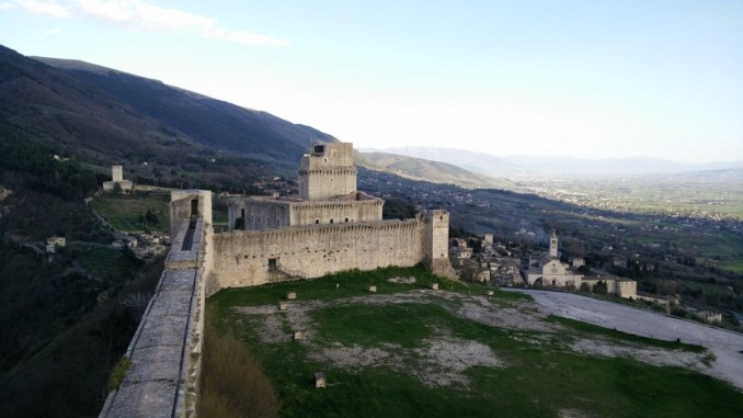 Assisi, da domani riaprono l'ufficio informazioni e la Rocca Maggiore