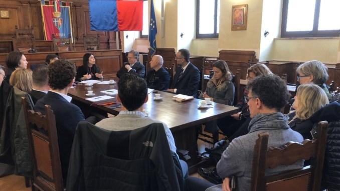 """Assisi, un ecosistema scuola-lavoro: allo studio il progetto """"aziende aperte"""""""