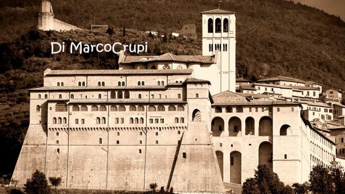 Cortile di Francesco In-contro. Comunità, popoli, nazioni ad Assisi