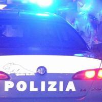 Pericoloso inseguimento nella notte, Polizia bracca ladro e lo arresta