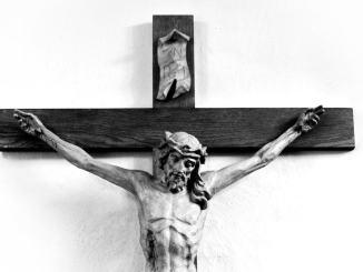La pace di Francesco si basa su quel Crocefisso, ricordatevelo!