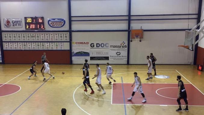 Eko Gruppo Assisi ancora sconfitta: Valdiceppo vince il derby 73-63