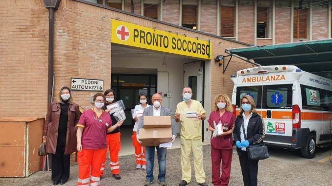 500 mascherine chirurgiche all'Ospedale dai Cantori di Assisi